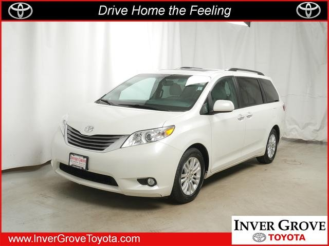 Pre Owned 2016 Toyota Sienna Xle Aas